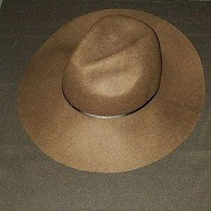 American Eagle Outfitters Hat